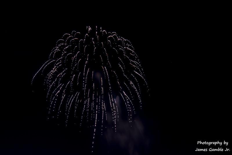 Fourth-of-July-Fireworks-2016-0358.jpg