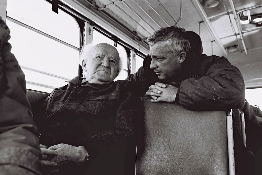 . In this handout from the Israeli Governmental Press Office, Southern Command General Ariel Sharon chats with former Prime Minister David Ben Gurion during a bus tour of Israeli army installations January 27, 1971 near the Suez Canal in the Sinai Desert, Egypt. (Photo by GPO via Getty Images)