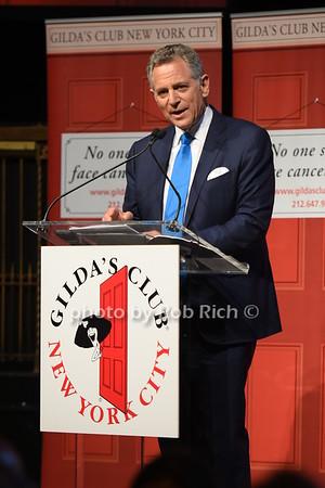 Gilda's Club Gala 2018 at Gotham Hall on 11-8-18. all photos by Rob Rich/SocietyAllure.com ©2018 robrich101@gmail.com 516-676-3939