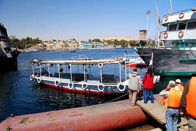 4.Ramses II on Lake Aswan