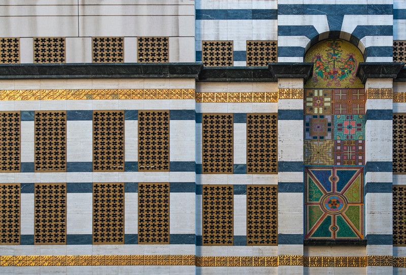 LA Building-1.jpg