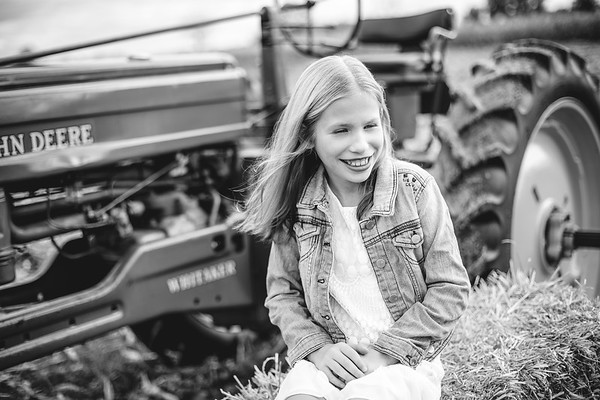 Peterson Family - Tractor/Fall Mini Session