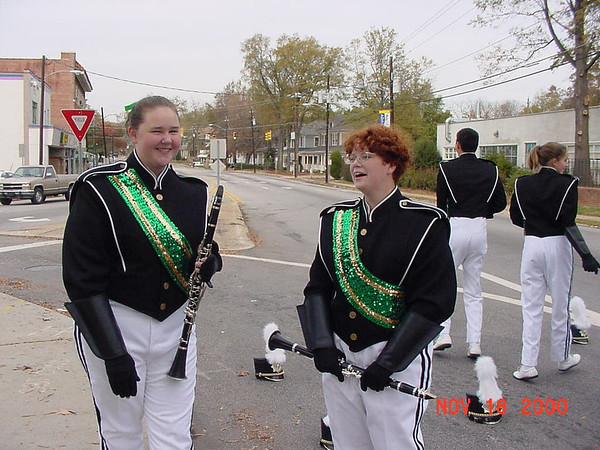 2000-11-18: Raleigh Christmas Parade