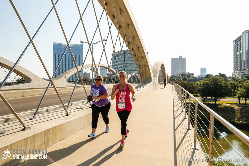 Fort Worth-Social Running_917-0643.jpg