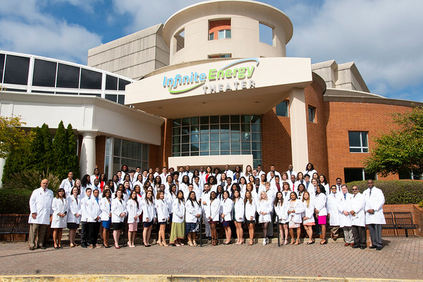 2018 School of Pharmacy White Coat