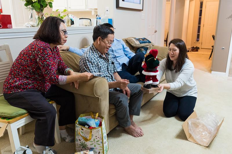 20191224_christmas-pary-vo-family_015.jpg
