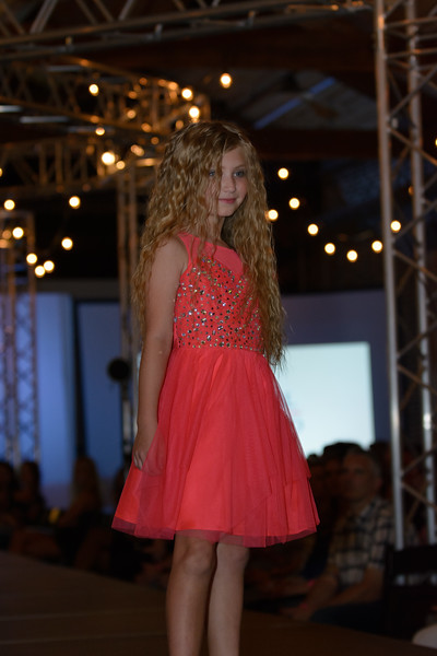 Knoxville Fashion Week Friday-1454.jpg