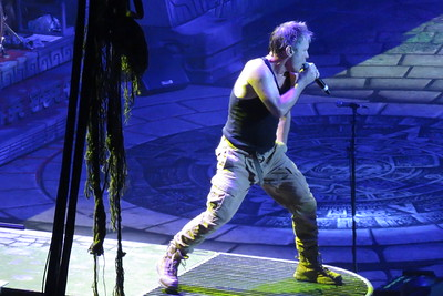 Iron Maiden Centre Bell 01-04-16