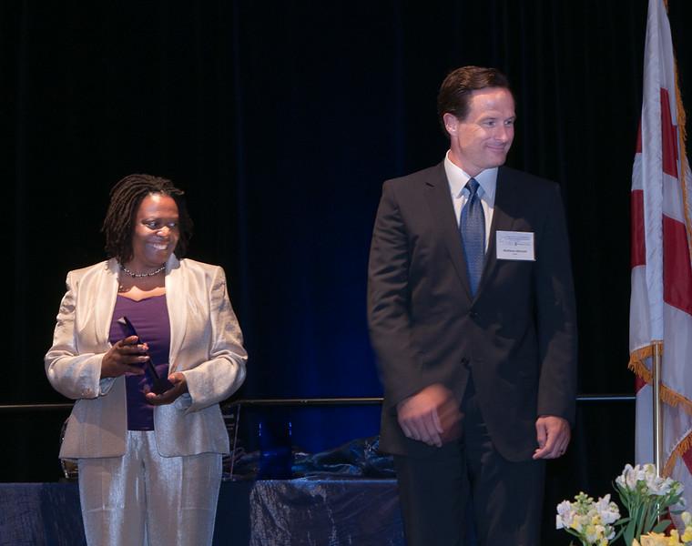 ImagesBySheila-DC Cares Service Award_CB5227.jpg
