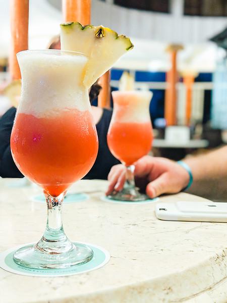 iberostar varadero cocktail.jpg