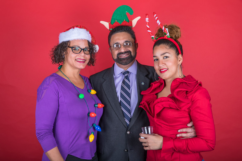 LS 154-2017 Arts and Humanities Holiday Party_067.jpg