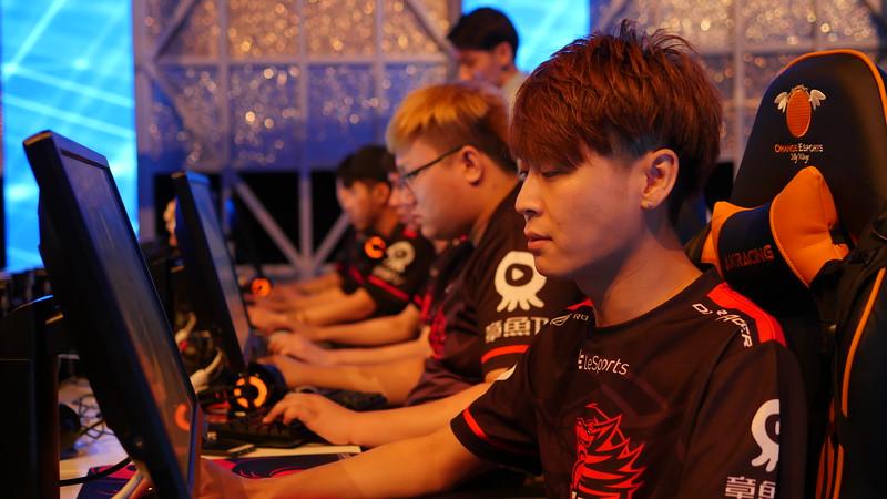 csgo-minor-championship-asia-by-pgl--egg---day-2_30535185132_o.jpg