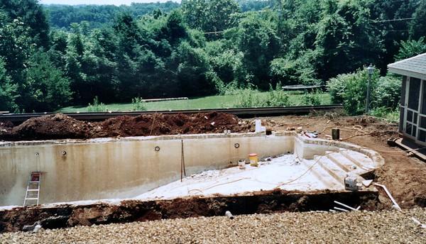2000_Spring_Swimming_Pool_Repair_Knoxville