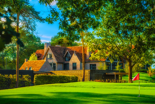 Fine Art architectuur foto met fotografie van het gebouw en een hole van golfclub The Duke in Nistelrode