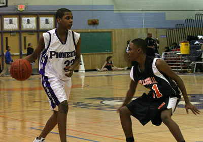 Belleville at Pioneer - Freshmen basketball 2007