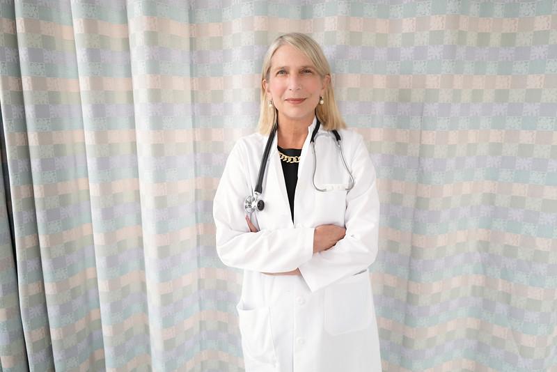 Diane Havlir UCSF  17d77364-21-21.jpg