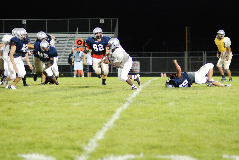 blue and silver scrimmage 076.JPG