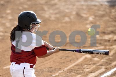 baseballsoftball-rippy-helps-robert-e-lee-stay-hot-down-mesquite-horn-90