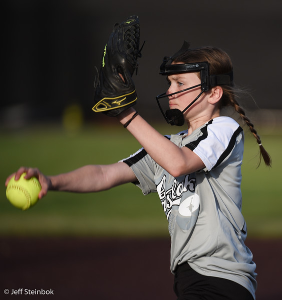 Softball - 2019-05-13 - ELL White Sox vs Sammamish (44 of 61).jpg
