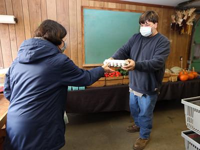 Fresh produce in Groton 010920