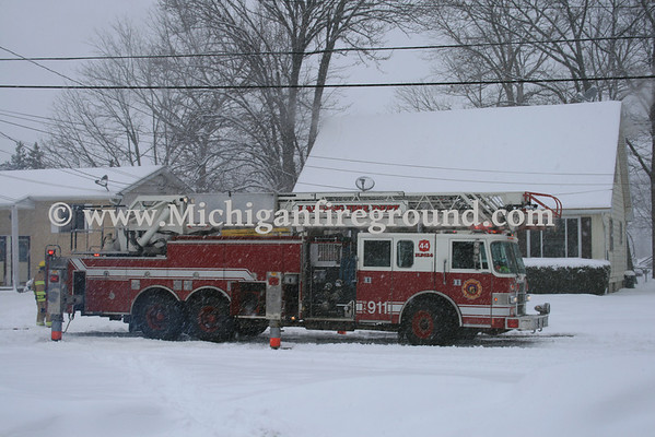 2/22/10 - Lansing kitchen fire, 819 Fred