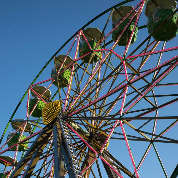 Ferris wheel at Betty Danger's Country Club, Minneapolis, Hennepin County, Minnesota, USA