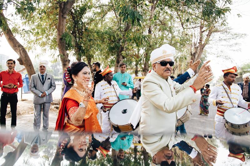 Poojan + Aneri - Wedding Day EOSR Card 1-0859.jpg