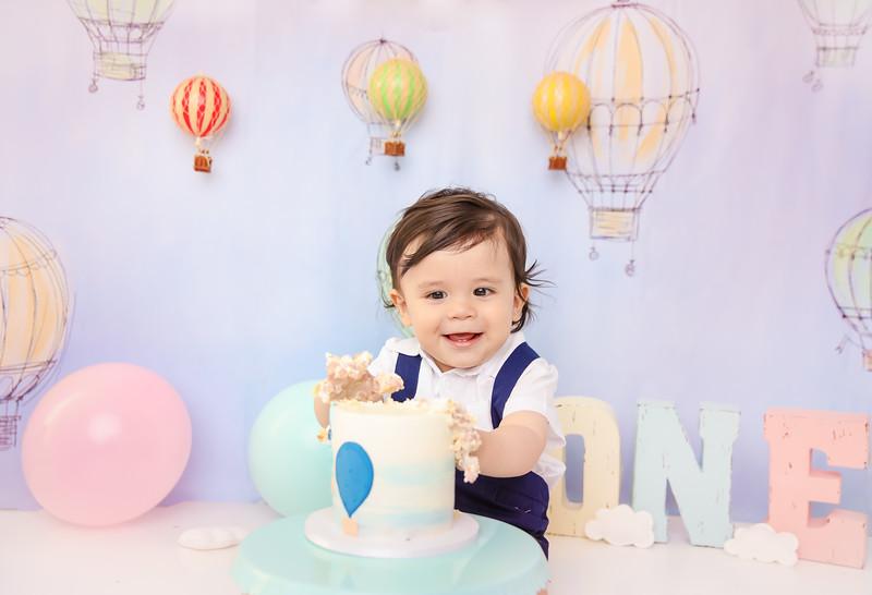 1newport_babies_photography_cakesmash_hot_air_ballon-9358-1.jpg