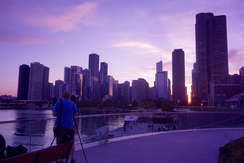 Photographing the Chicagohenge from Navy Pier