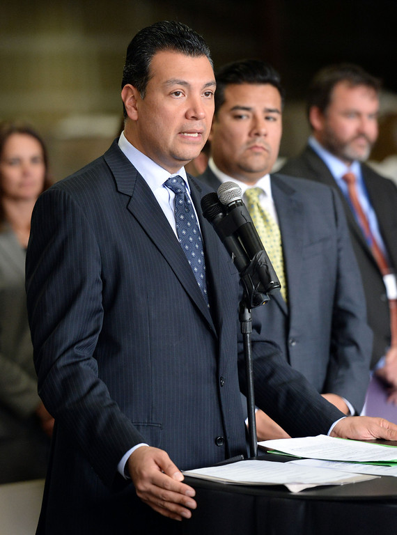 . Sen. Alex Padilla, D-Pacoima announces the support for legislation to ban single use plastic bags during a press conference at Command Packaging in Vernon, Calif., on Friday, Jan. 24, 2014. (Keith Birmingham Pasadena Star-News)