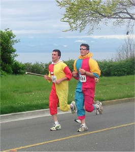 2003 Times-Colonist 10K - Those two clowns