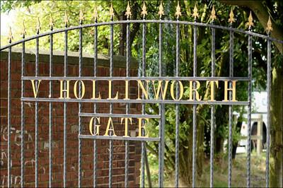 Hemsworth MW (a) L 4-1