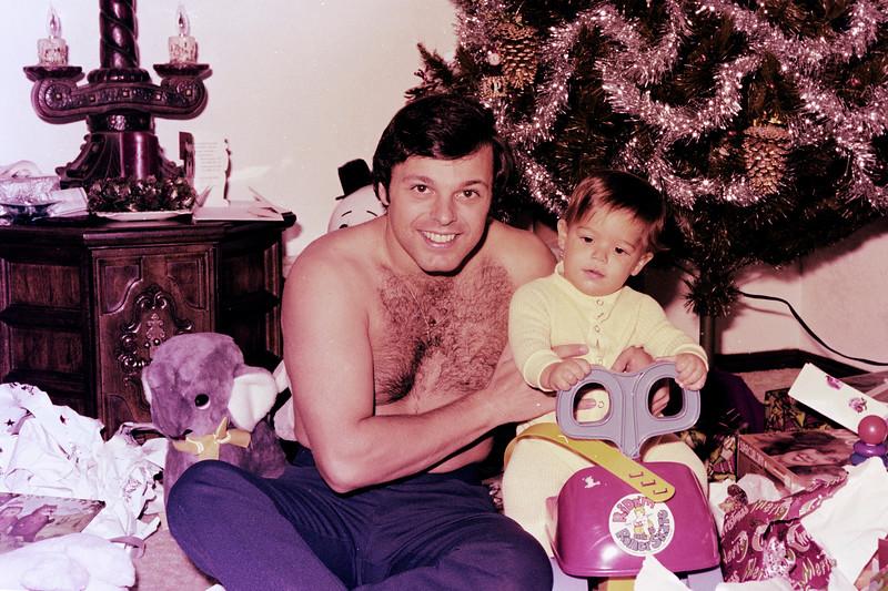 1975-12-25 #8 Anthony's 1st Christmas.jpg