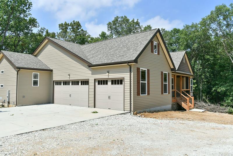 1225 W Hwy N - Griffey Homes (6 of 17).jpg