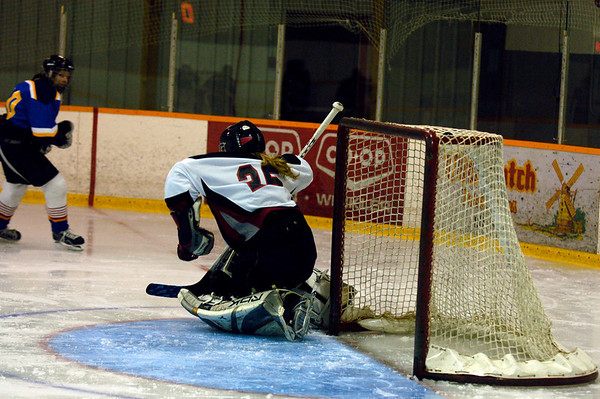 Morden Hawks vs Stonewall Blues Dec 4-09