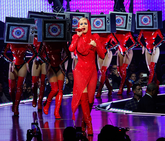 2017-10-02 - Katy Perry 'Witness' tour MSG
