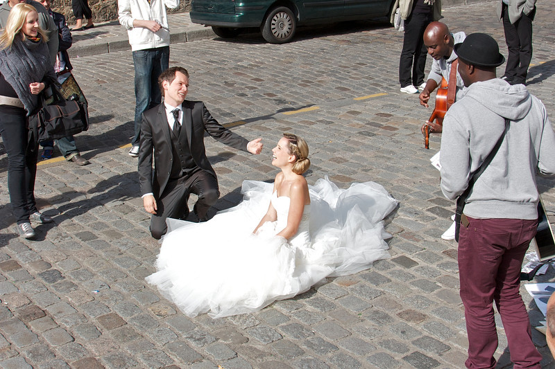 Newly weds at Sacre Coeur