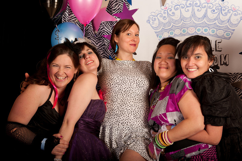 Seattle Mom Prom 2011-36.jpg