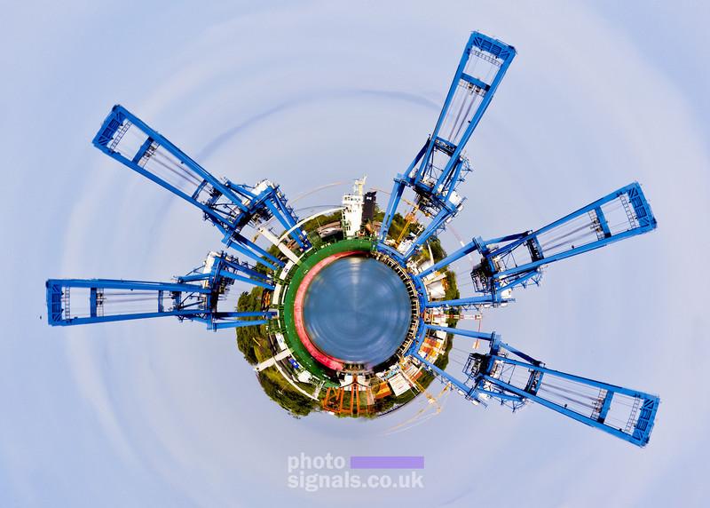 018-planet.jpg