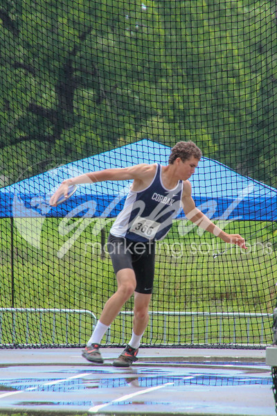 NAIA_Friday_MensDecathDiscus_LM_GMS_20180525_0847.jpg