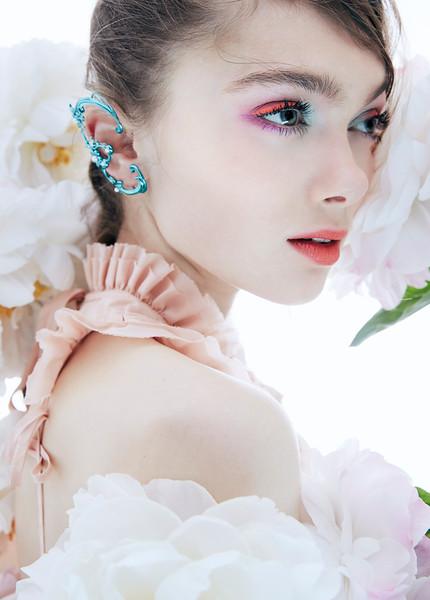Stylist-Sabine-Feuilloley-Fashion-Editorial-Creative-Space-Artists-Management-beauty-2.jpeg