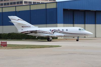 Dassault Falcon 200