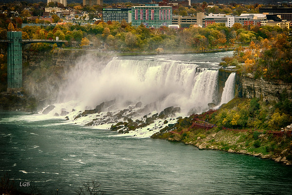 A Fall Trip to Niagara Falls