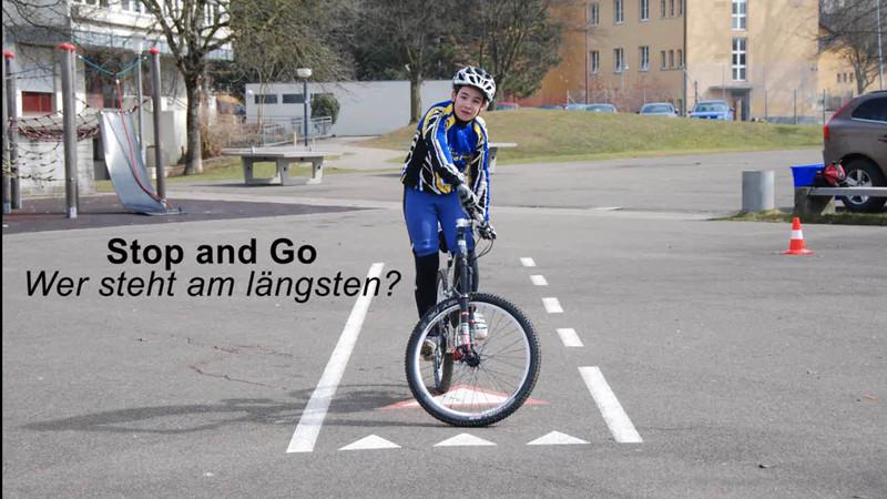 Stop and go - Wer steht am längsten.wmv