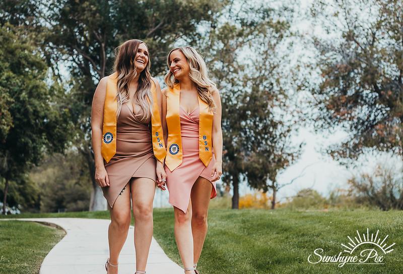 Melany+Sarah-Grad-3586.jpg