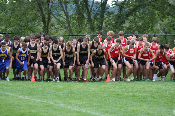 Trumbull Cross Country: Boys Varsity