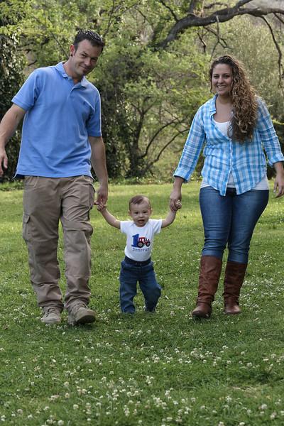 Donovan's 1st Birthday - Family Photoshoot-12.jpg