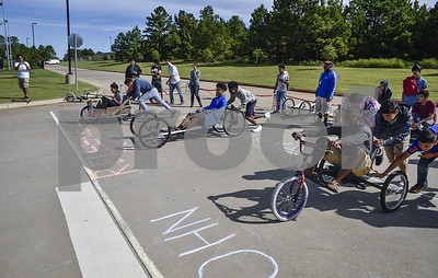 designers-become-racers-in-tyler-isd-career-and-technology-center-soap-box-derby