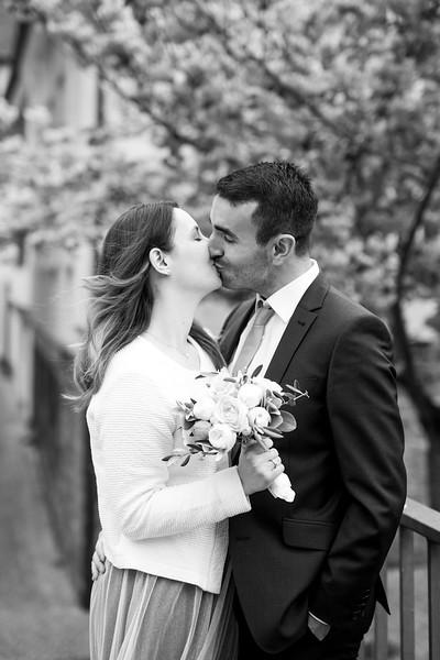 La Rici Photography - Intimate City Hall Wedding 149BW.jpg
