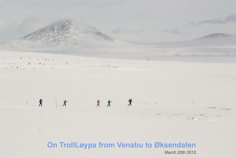fem på TrollLøypa foran Muen.jpg